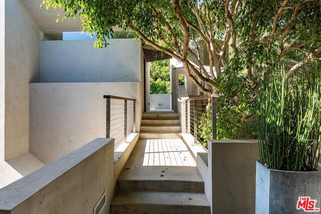26846 MALIBU COVE COLONY DR, MALIBU, California 90265, 4 Bedrooms Bedrooms, ,4 BathroomsBathrooms,Residential,For Sale,MALIBU COVE COLONY,19-451408