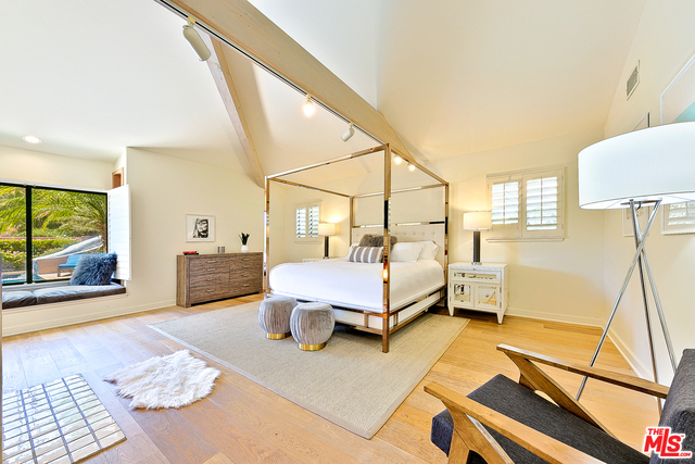 23287 PALM CANYON LN, MALIBU, California 90265, 6 Bedrooms Bedrooms, ,5 BathroomsBathrooms,Residential Lease,For Sale,PALM CANYON,19-455486