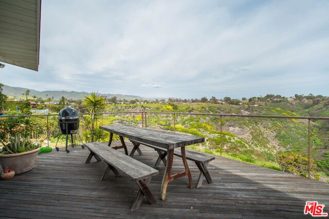29500 Heathercliff RD, MALIBU, California 90265, 3 Bedrooms Bedrooms, ,2 BathroomsBathrooms,Manufactured In Park,For Sale,Heathercliff,19-455884