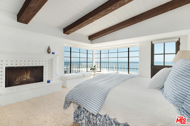 31500 VICTORIA POINT RD, MALIBU, California 90265, 4 Bedrooms Bedrooms, ,5 BathroomsBathrooms,Residential Lease,For Sale,VICTORIA POINT,19-456766
