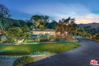 Photo of 261 Powderhorn Ranch Road, Topanga, CA 90290