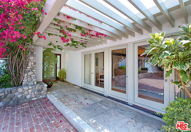 22214 PACIFIC COAST HWY, MALIBU, California 90265, 4 Bedrooms Bedrooms, ,4 BathroomsBathrooms,Residential Lease,For Sale,PACIFIC COAST,19-458194
