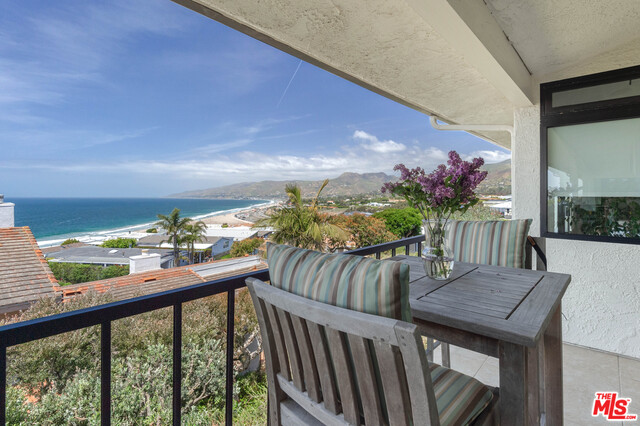 6767 LAS OLAS WAY, MALIBU, California 90265, 3 Bedrooms Bedrooms, ,3 BathroomsBathrooms,Residential,For Sale,LAS OLAS,19-461892