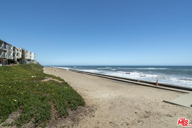 11938 OCEANAIRE LN, MALIBU, California 90265, 2 Bedrooms Bedrooms, ,2 BathroomsBathrooms,Residential,For Sale,OCEANAIRE,19-465992