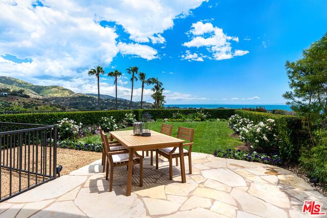 23929 DE VILLE WAY, MALIBU, California 90265, 3 Bedrooms Bedrooms, ,3 BathroomsBathrooms,Residential,For Sale,DE VILLE WAY,19-471802