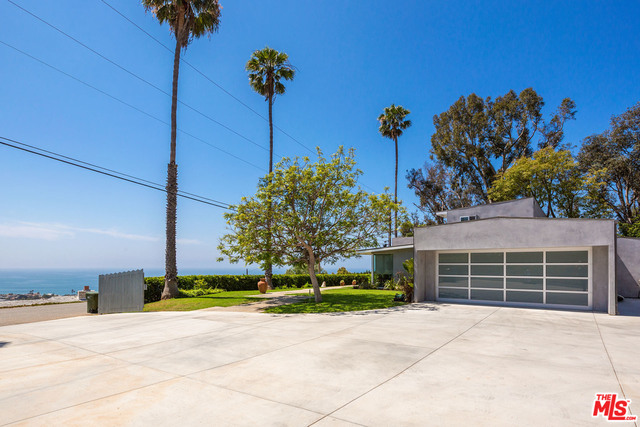3431 COAST VIEW DR, MALIBU, California 90265, 3 Bedrooms Bedrooms, ,2 BathroomsBathrooms,Residential Lease,For Sale,COAST VIEW,19-475126