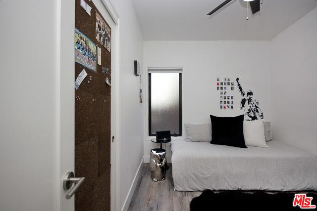 29500 Heathercliff RD, MALIBU, California 90265, 4 Bedrooms Bedrooms, ,3 BathroomsBathrooms,Manufactured In Park,For Sale,Heathercliff,19-475542