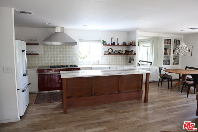 173 Paradise Cove RD, MALIBU, California 90265, 3 Bedrooms Bedrooms, ,2 BathroomsBathrooms,Manufactured In Park,For Sale,Paradise Cove,19-475746