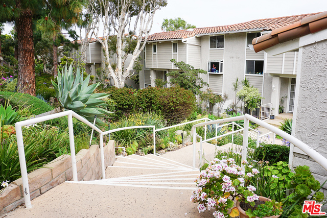 28250 REY DE COPAS LN, MALIBU, California 90265, 3 Bedrooms Bedrooms, ,3 BathroomsBathrooms,Residential,For Sale,REY DE COPAS,19-477822