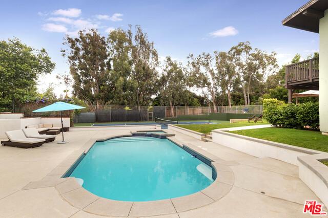 6738 WILDLIFE RD, MALIBU, California 90265, 4 Bedrooms Bedrooms, ,3 BathroomsBathrooms,Residential,For Sale,WILDLIFE,19-479468
