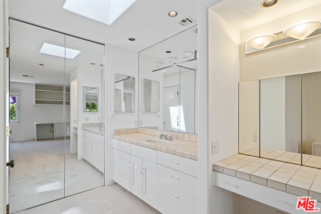 29500 Heathercliff RD, MALIBU, California 90265, 2 Bedrooms Bedrooms, ,2 BathroomsBathrooms,Manufactured In Park,For Sale,Heathercliff,19-483028