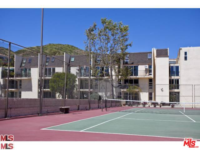 23901 CIVIC CENTER WAY, MALIBU, California 90265, 2 Bedrooms Bedrooms, ,2 BathroomsBathrooms,Residential Lease,For Sale,CIVIC CENTER,19-484018