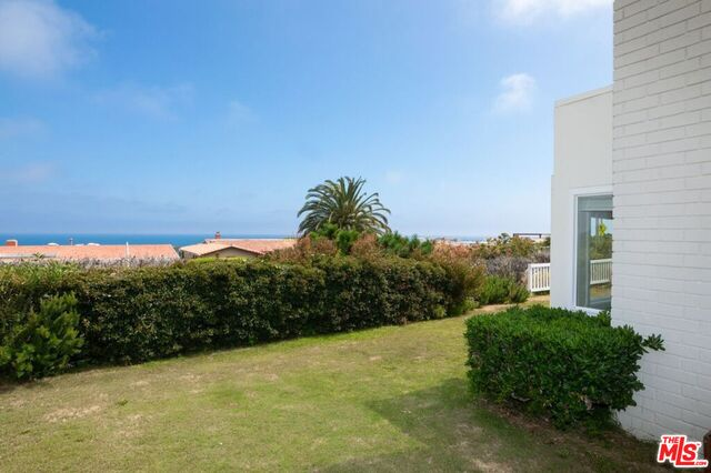 3916 CASTLEROCK RD, MALIBU, California 90265, 3 Bedrooms Bedrooms, ,2 BathroomsBathrooms,Residential Lease,For Sale,CASTLEROCK,19-487528