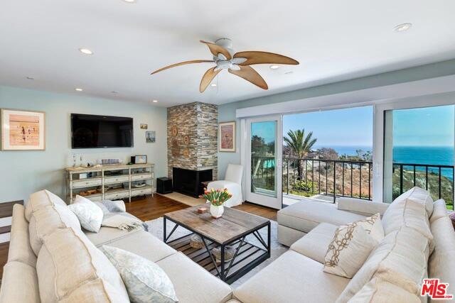 6828 LAS OLAS WAY, MALIBU, California 90265, 3 Bedrooms Bedrooms, ,3 BathroomsBathrooms,Residential,For Sale,LAS OLAS,19-488160