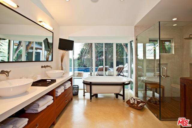 31744 BROAD BEACH RD, MALIBU, California 90265, 4 Bedrooms Bedrooms, ,3 BathroomsBathrooms,Residential Lease,For Sale,BROAD BEACH,19-490604