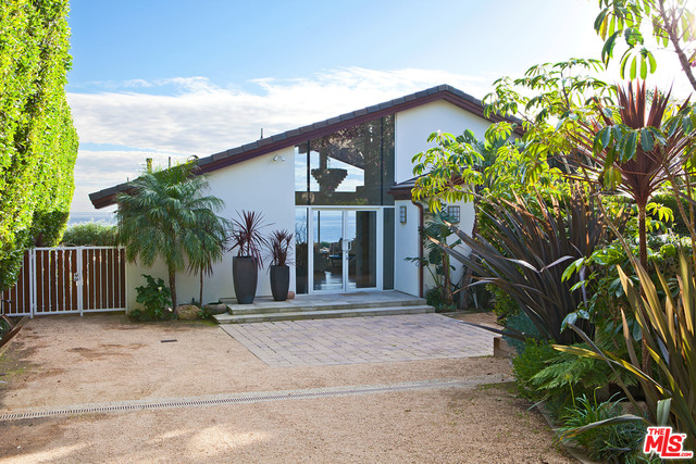 31744 BROAD BEACH RD, MALIBU, California 90265, 4 Bedrooms Bedrooms, ,3 BathroomsBathrooms,Residential Lease,For Sale,BROAD BEACH,19-490604