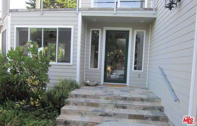 7012 BIRDVIEW AVE, MALIBU, California 90265, 4 Bedrooms Bedrooms, ,6 BathroomsBathrooms,Residential Lease,For Sale,BIRDVIEW,19-492494