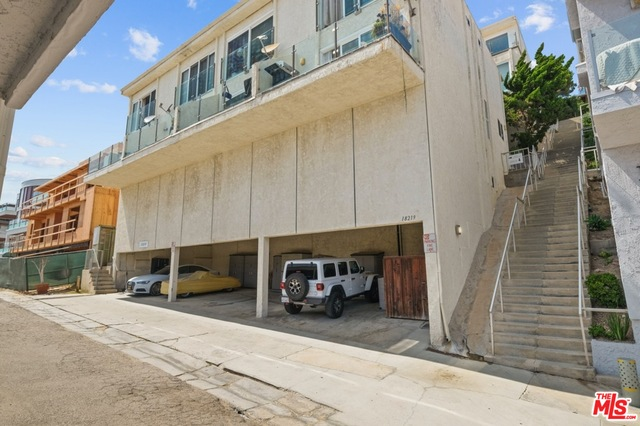 18219 COASTLINE DR, MALIBU, California 90265, 2 Bedrooms Bedrooms, ,2 BathroomsBathrooms,Residential,For Sale,COASTLINE,19-494098