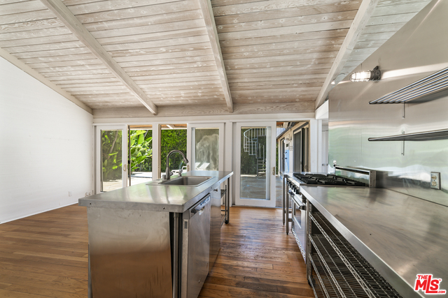 6254 SEADRIFT CV, MALIBU, California 90265, 5 Bedrooms Bedrooms, ,4 BathroomsBathrooms,Residential,For Sale,SEADRIFT,19-496264