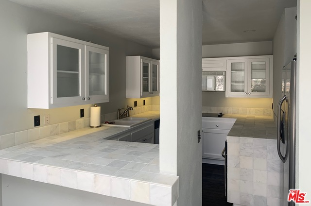 29221 HEATHERCLIFF RD, MALIBU, California 90265, 3 Bedrooms Bedrooms, ,3 BathroomsBathrooms,Residential Lease,For Sale,HEATHERCLIFF,19-498042