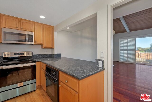 28330 REY DE COPAS LN, MALIBU, California 90265, 2 Bedrooms Bedrooms, ,3 BathroomsBathrooms,Residential,For Sale,REY DE COPAS,19-498262