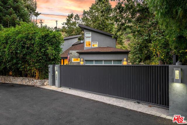 3541 LAS FLORES CANYON RD, MALIBU, California 90265, 4 Bedrooms Bedrooms, ,4 BathroomsBathrooms,Residential,For Sale,LAS FLORES CANYON,19-498400