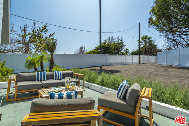 5742 BUSCH DR, MALIBU, California 90265, 4 Bedrooms Bedrooms, ,3 BathroomsBathrooms,Residential,For Sale,BUSCH,19-499272