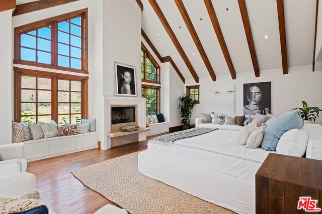 5721 BONSALL DRIVE, MALIBU, California 90265, 5 Bedrooms Bedrooms, ,5 BathroomsBathrooms,Residential,For Sale,BONSALL DRIVE,19-499300