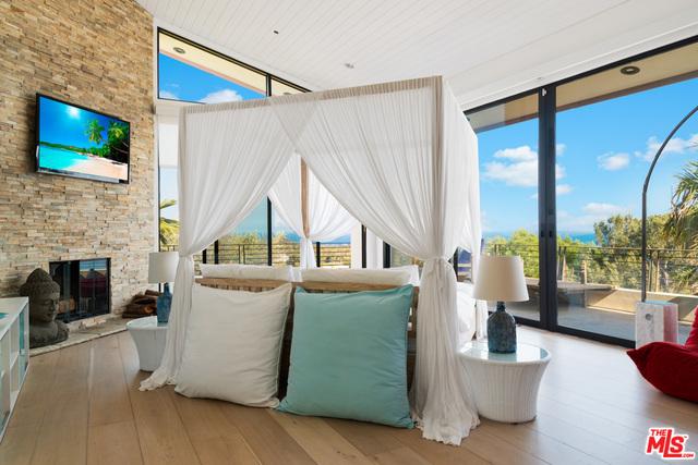 6345 TANTALUS DRIVE, MALIBU, California 90265, 6 Bedrooms Bedrooms, ,8 BathroomsBathrooms,Residential,For Sale,TANTALUS DRIVE,19-499342