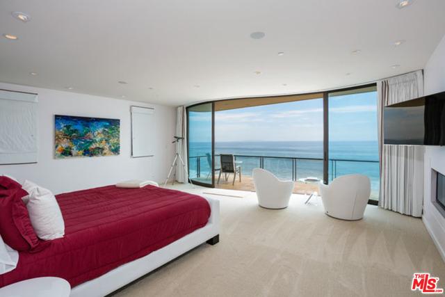 24230 MALIBU ROAD, MALIBU, California 90265, 3 Bedrooms Bedrooms, ,4 BathroomsBathrooms,Residential Lease,For Sale,MALIBU ROAD,19-499708