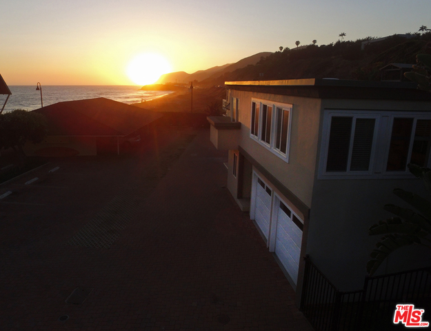 11770 PACIFIC COAST HWY, MALIBU, California 90265, 3 Bedrooms Bedrooms, ,3 BathroomsBathrooms,Residential Lease,For Sale,PACIFIC COAST,19-499792