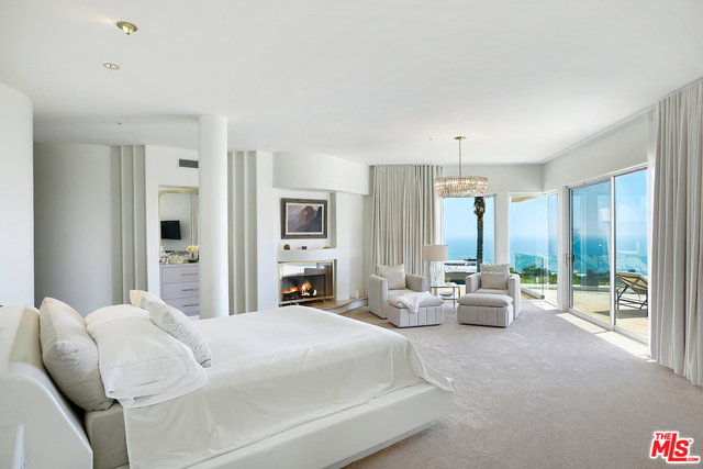 5941 PHILIP AVE, MALIBU, California 90265, 6 Bedrooms Bedrooms, ,6 BathroomsBathrooms,Residential,For Sale,PHILIP,19-500458