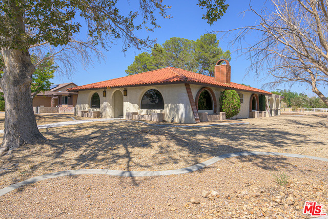 Photo of 27622 Silver Lakes PKY, HELENDALE, CA 92342