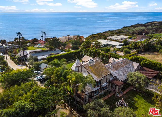 32026 PACIFIC COAST HIGHWAY, MALIBU, California 90265, 4 Bedrooms Bedrooms, ,4 BathroomsBathrooms,Residential Lease,For Sale,PACIFIC COAST HIGHWAY,19-501096