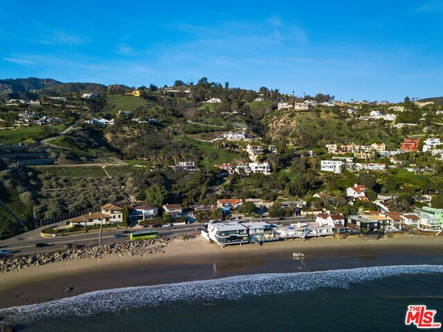 21701 PACIFIC COAST HIGHWAY, MALIBU, California 90265, 4 Bedrooms Bedrooms, ,3 BathroomsBathrooms,Residential Lease,For Sale,PACIFIC COAST HIGHWAY,19-502634