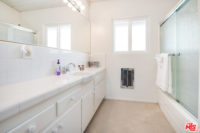29257 HEATHERCLIFF RD, MALIBU, California 90265, 3 Bedrooms Bedrooms, ,2 BathroomsBathrooms,Residential Lease,For Sale,HEATHERCLIFF,19-506482