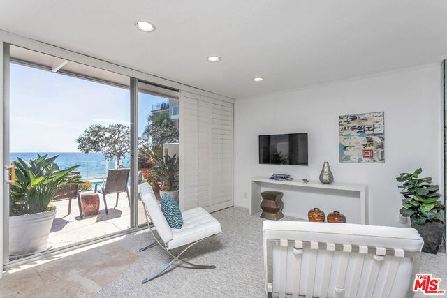 22548 PACIFIC COAST HWY HWY, MALIBU, California 90265, 1 Bedroom Bedrooms, ,1 BathroomBathrooms,Residential,For Sale,PACIFIC COAST HWY,19-506690