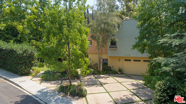 Photo of 9772 BLANTYRE DR, BEVERLY HILLS, CA 90210