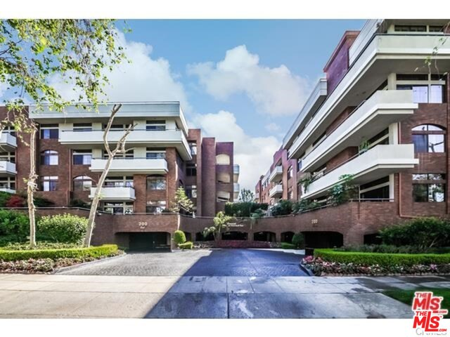Photo of 200 N SWALL DR #454, BEVERLY HILLS, CA 90211