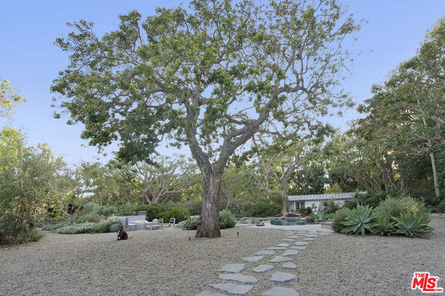 6715 Fernhill Drive, MALIBU, California 90265, 4 Bedrooms Bedrooms, ,4 BathroomsBathrooms,Residential Lease,For Sale,Fernhill Drive,19-510852