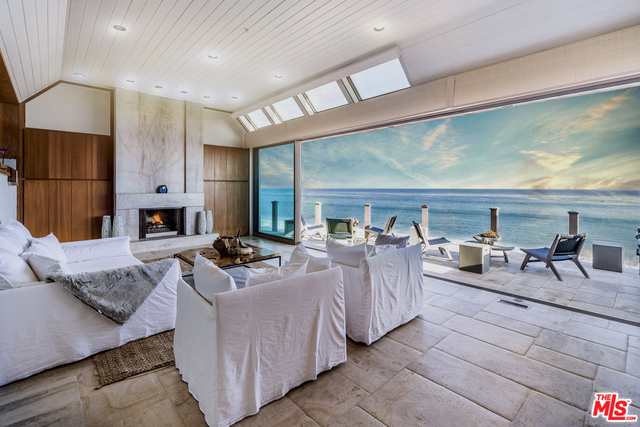 27352 PACIFIC COAST HWY, MALIBU, California 90265, 3 Bedrooms Bedrooms, ,5 BathroomsBathrooms,Residential,For Sale,PACIFIC COAST,19-512140