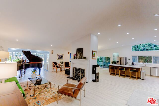 23319 BOCANA ST, MALIBU, California 90265, 4 Bedrooms Bedrooms, ,3 BathroomsBathrooms,Residential,For Sale,BOCANA,19-513788