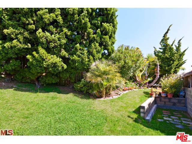 29500 Heathercliff, MALIBU, California 90265, 2 Bedrooms Bedrooms, ,2 BathroomsBathrooms,Residential Lease,For Sale,Heathercliff,19-514058