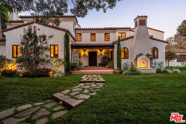 Photo of 1611 OLD OAK RD, LOS ANGELES, CA 90049