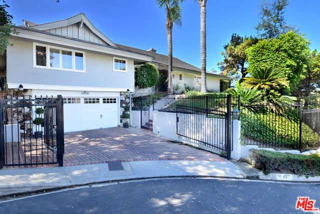 Photo of 4371 CLEAR VALLEY DR, ENCINO, CA 91436
