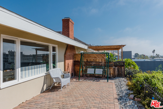 22609 PACIFIC COAST HWY, MALIBU, California 90265, 1 Bedroom Bedrooms, ,1 BathroomBathrooms,Residential Lease,For Sale,PACIFIC COAST,19-519322