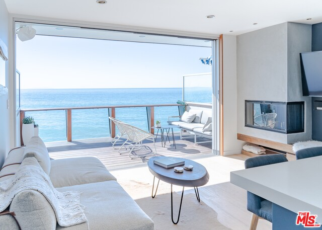 20638 PACIFIC COAST HWY, MALIBU, California 90265, 1 Bedroom Bedrooms, ,1 BathroomBathrooms,Residential Lease,For Sale,PACIFIC COAST,19-519666