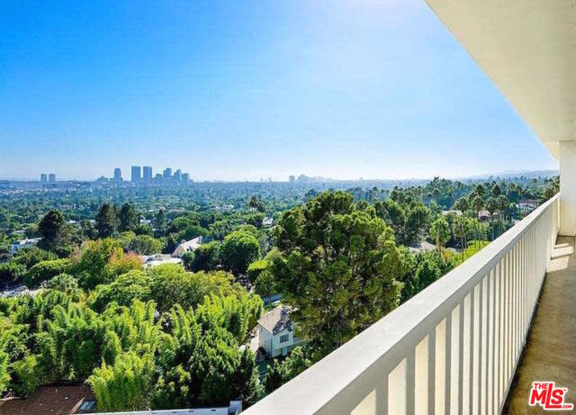 Photo of 9255 DOHENY RD #1004, WEST HOLLYWOOD, CA 90069