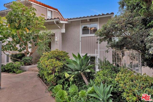 28366 REY DE COPAS LN, MALIBU, California 90265, 2 Bedrooms Bedrooms, ,3 BathroomsBathrooms,Residential Lease,For Sale,REY DE COPAS,19-522610