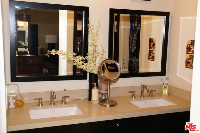 28266 REY DE COPAS LN, MALIBU, California 90265, 3 Bedrooms Bedrooms, ,3 BathroomsBathrooms,Residential Lease,For Sale,REY DE COPAS,19-522970